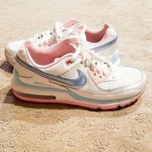 ❤️Nike Air Max Girl's Baby Pink Blue Trim